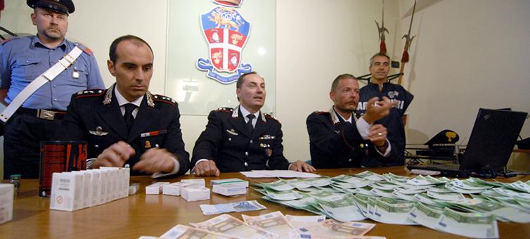 Como a Máfia Italiana Enriquece com as Recessões